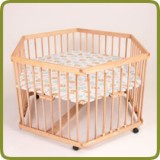 Playpen hexagonal. - Playpens and Walkers, Promo